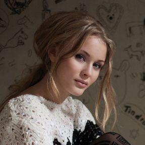 Zara-Larsson-20