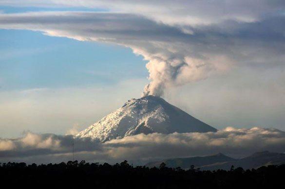 cotopaxi-volkan-ekvador Dünyadaki En Ünlü Volkanlar