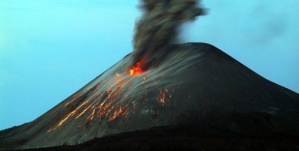 krakatoa-endonezya Dünyadaki En Ünlü Volkanlar