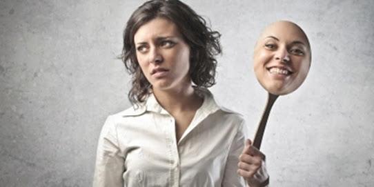 mutluymus-gibi-davranmak Bir İlişkinin Bittiğini Gösteren 5 Kanıt