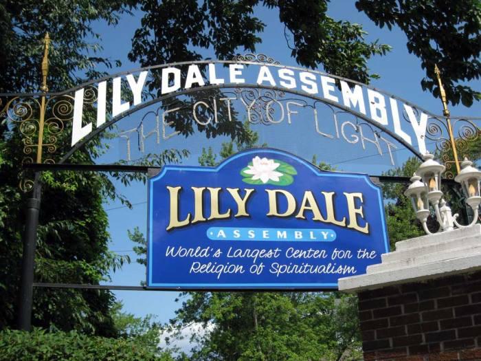 Lily Dale, New York Dünyadaki En İlginç 10 Şehir