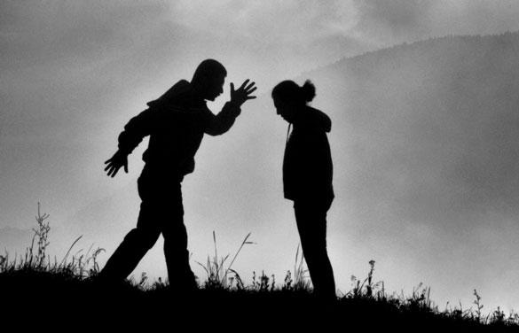 kadina istismar - Kadın; Olmak Neden Zor?