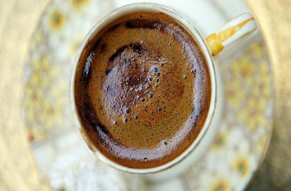 Bol Köpüklü Türk Kahvesi Yapmak İçin 7 Adım