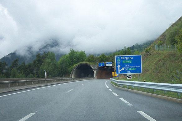 Tünel Sevenler İçin Dünyanın En Uzun Tünelleri
