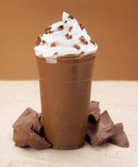 Evde Kolayca Hazırlanabilecek Enfes Milkshake Tarifleri