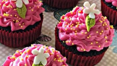 cilek-kremali-kakaolu-cupcake-tarifi