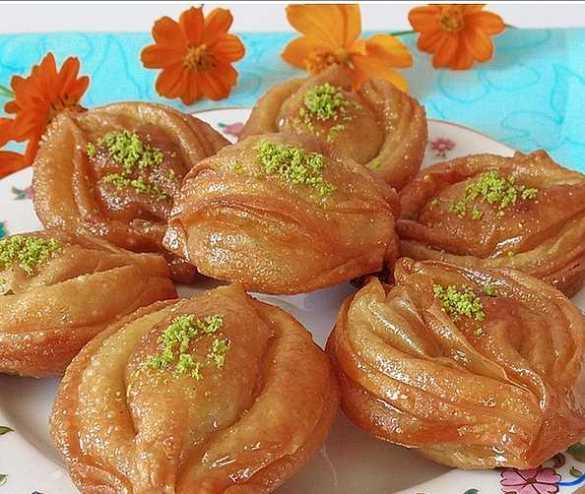 karakus tatlisi tarifi 2 300x253 - Karakuş Tatlısı Tarifi