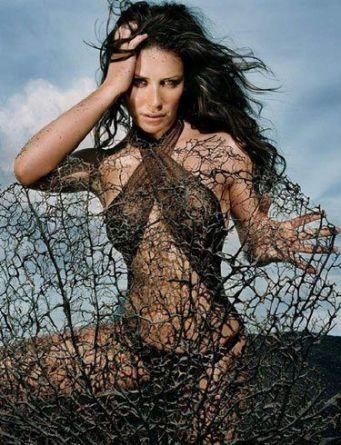 Evangeline Lilly toprak