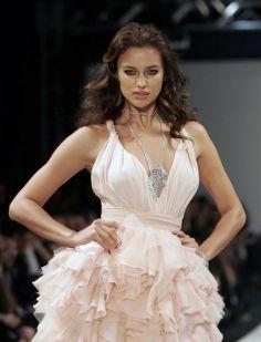Irina shayk 2012 11 - Irina Shayk (irina Şeyklislamova)