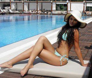 almeda-abazi-bikini