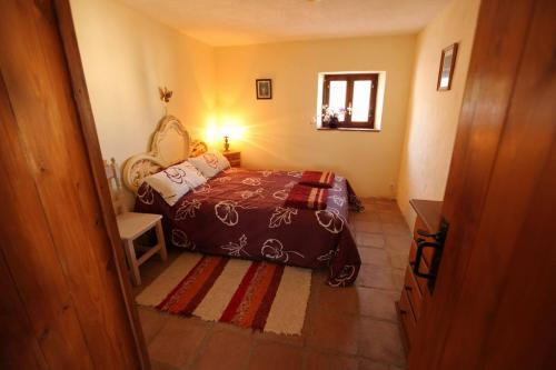 malaga-holiday-home-double-bedroom-downstairs