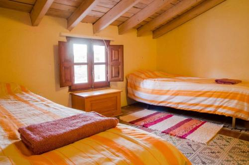 malaga-holiday-home-double-bedroom-upstairs-chill6