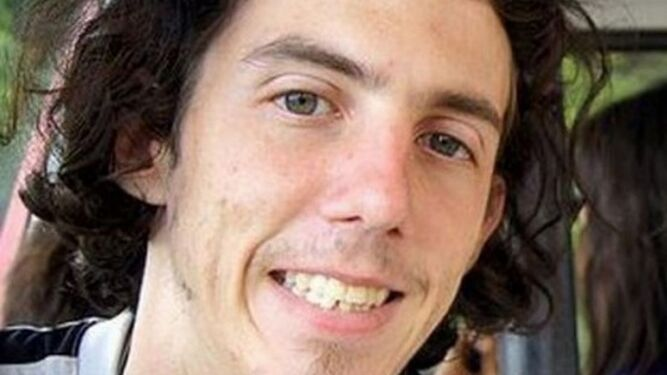 Violan y asesinan a un pedófilo para hacerlo sentir como sus casi 200 víctimas