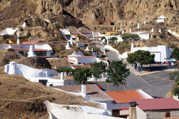 Cuevas La Ermita Guadix