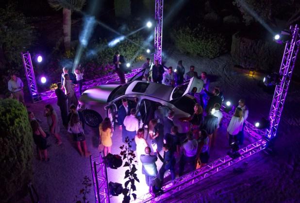 Espectáculo de luz y color en la presentación del nuevo Mercedes GLC Coupé.