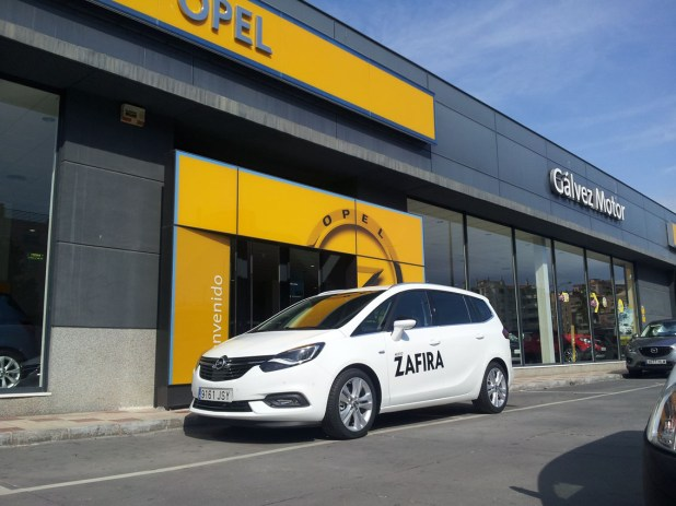nuevo-opel-zafira-galvez-motor-02