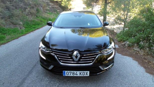 Frontal del Renault Talismán.