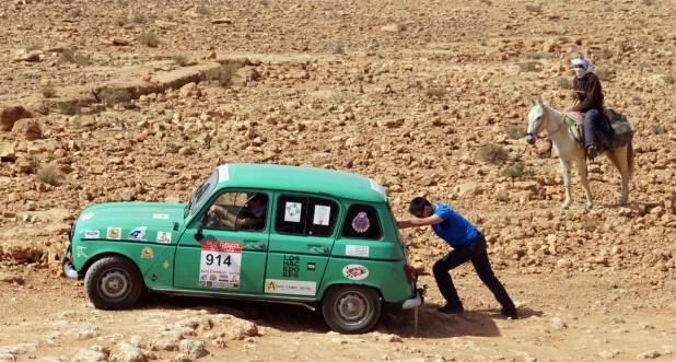 En las pruebas de aventura la labor del copiloto resulta de vital importancia.