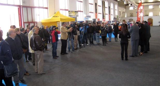 Acto de la inauguración oficial del Salón del Automóvil de Armilla 2009 por parte de las autoridades de la Ciudad de Granada.