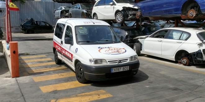 Vehículo de reparto de Autodesguace CAT La Mina