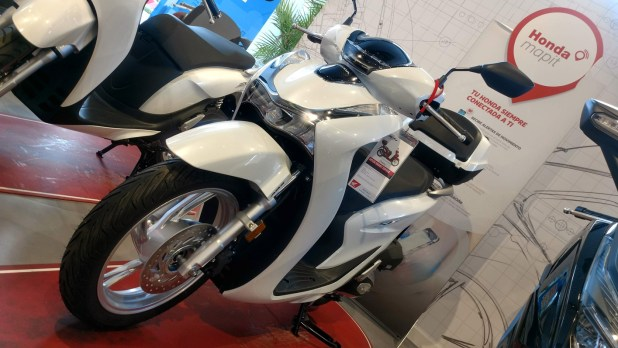 La Honda SH125i ahora se presenta con una interesante oferta en Servihonda.