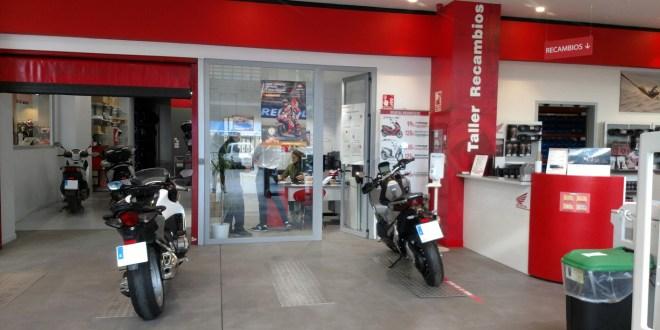 Recepción de taller en Servihonda Málaga.