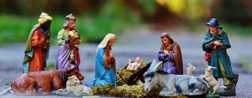 traditional nativity scenes