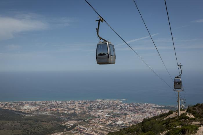 Die Seilbahn Benalmádena bietet einen Wanderweg 800 Meter über dem Meeresspiegel