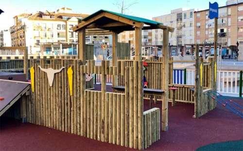 Parque infantil Playmobil en Rincón de la Victoria