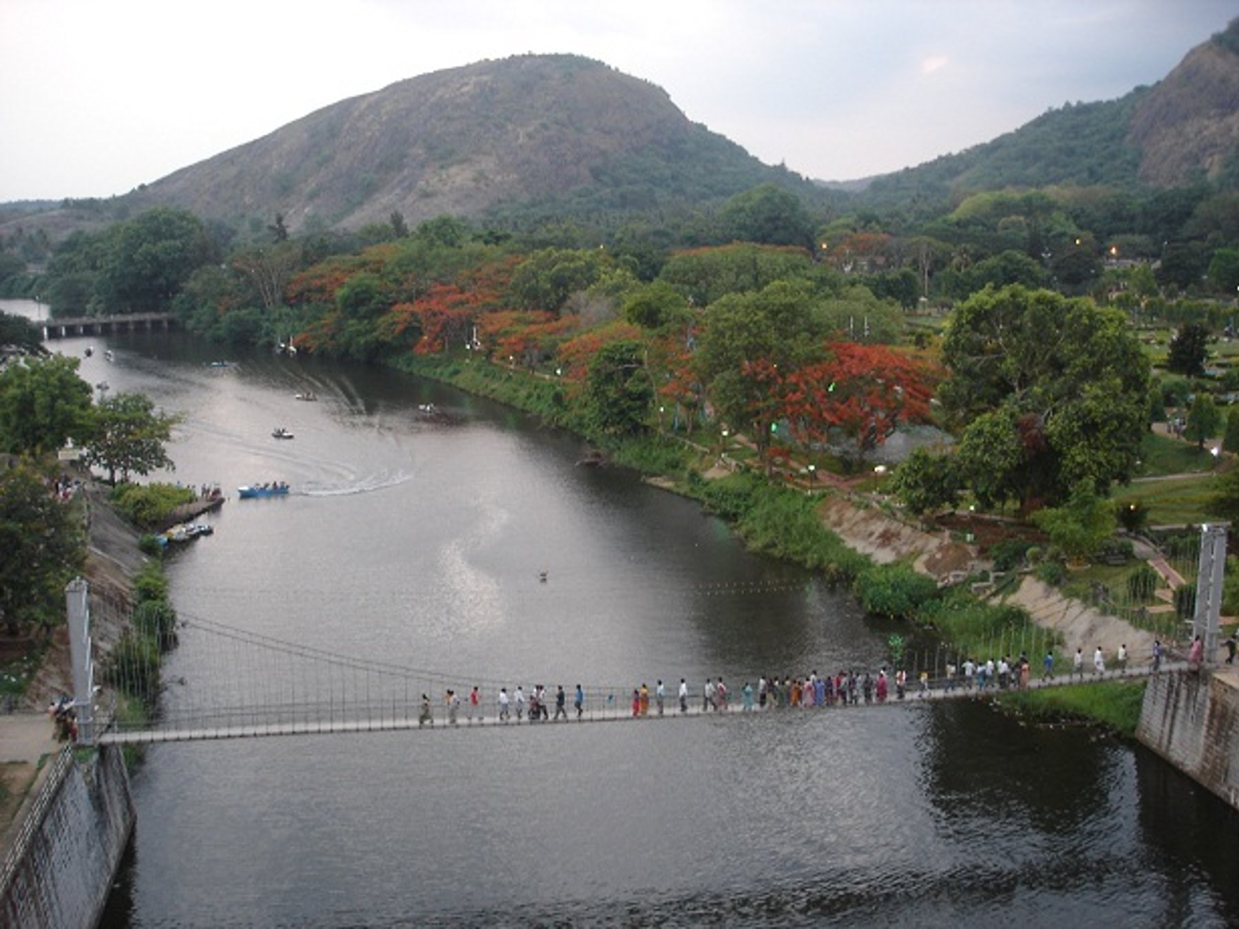 Malampuzha Garden  Picnic Spot with Boating Ropeway and