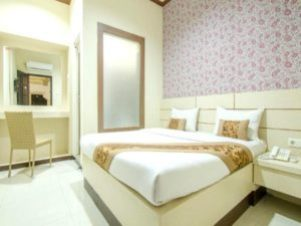 Lily guest house malang