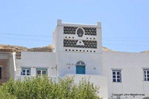 Villa decorated as a dovecote (Tinos)