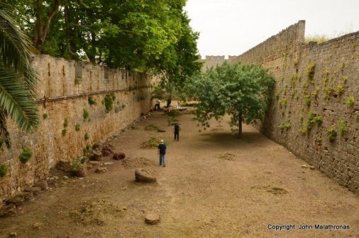 First moat after d'Amboise gate