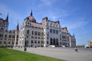Kossuth (Parliament) square