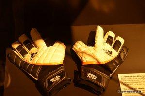 Manuel Neuer's gloves
