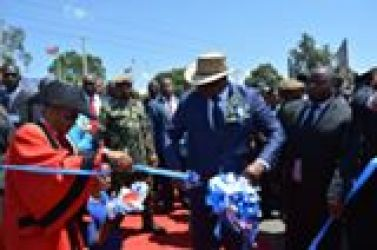 Mutharika, to construct new stadium