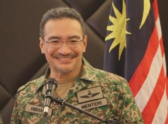 Minister of Defence Datuk Seri Hishammuddin Tun Hussein2
