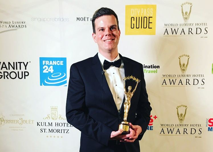 hilton won award Jamie Mead Regional General Manager of Hilton Kuala Lumpur showing the World Luxury Hotel Awards