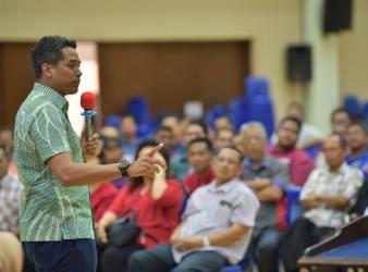 khairy jamaluddin minister of youth malaysia