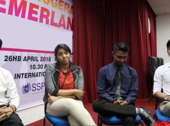 MALAYSIAN YPC STUDENTS GOIUN TO STUDY IN LIVERPOOL UK