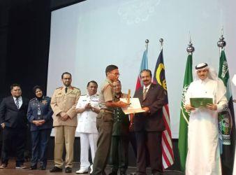 saudi arabia offers arabic courses to Malaysian military