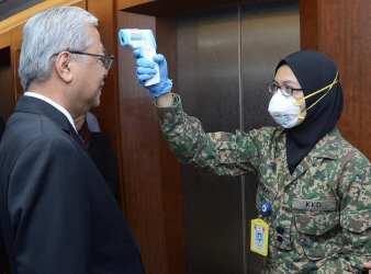 defence minister coronavirus 1