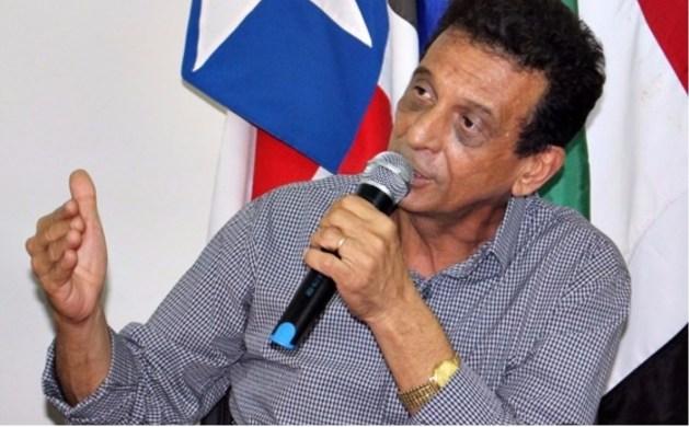 Prefeito Juscelino Oliveira (PCdoB).