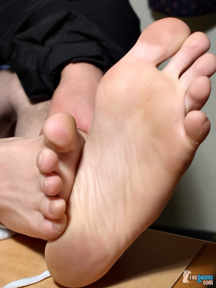 Lil B's bare male soles close up for Toegasms - male feet