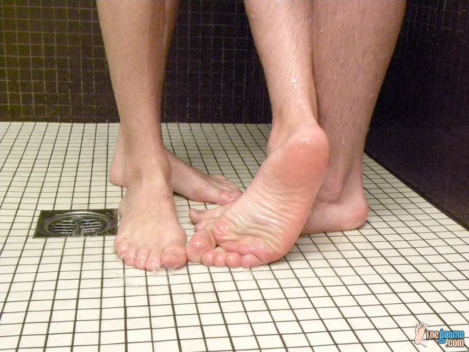 Phillip Ashton and Krist Cummings bare male feet in the shower for Toegasms - male feet