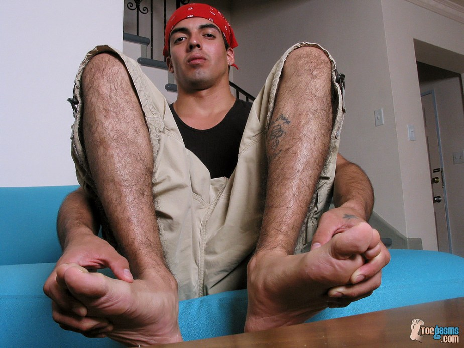 Jason K plays with his male toes for Toegasms - male feet