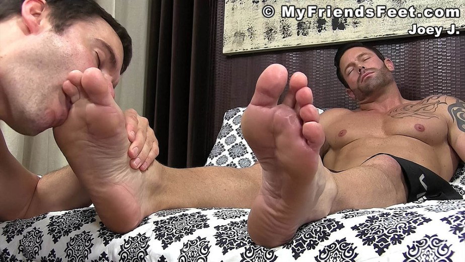 Cameron Kincade sucks on Joey's size 12 feet and toes - My Friends' Feet - male foot fetish porn
