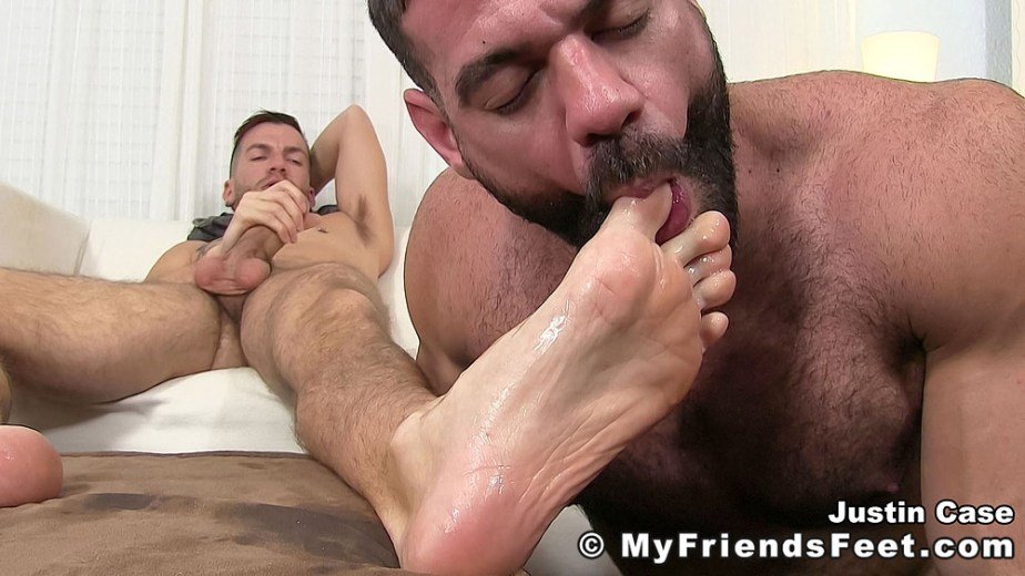 Ricky sucks on Justin Case's toes while he masturbates - My Friends' Feet - gay foot porn