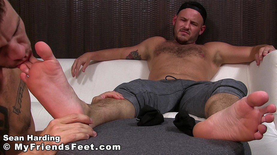 Sean Harding gets his male toes sucked by Justin for My Friends Feet