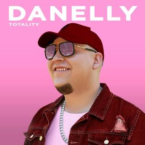 15 300x300 - Danelly - Los dos (Video Official)